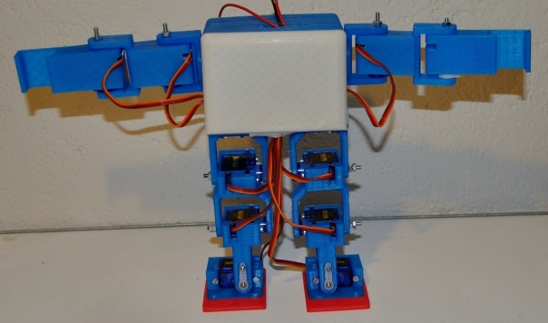 ArduRobot_Frente_Brazos_Cruz